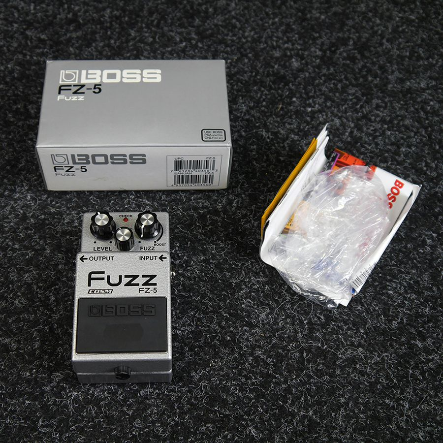 boss fz 5 fuzz fx pedal w box 2nd hand rich tone music. Black Bedroom Furniture Sets. Home Design Ideas