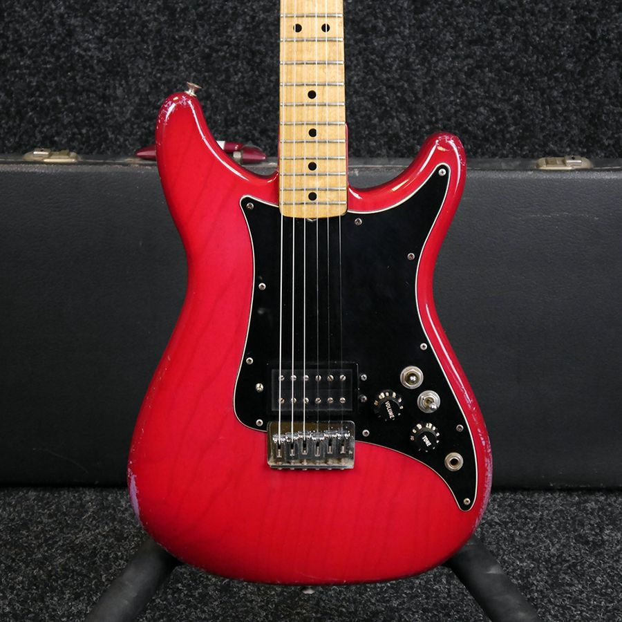 fender lead i electric guitar red w hard case 2nd hand rich tone music. Black Bedroom Furniture Sets. Home Design Ideas