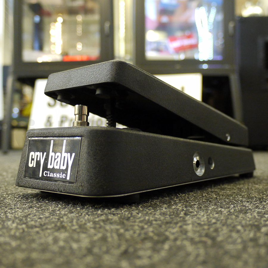 Jim Dunlop GCB-95F Cry Baby Classic FX Pedal w/ Box - 2nd Hand