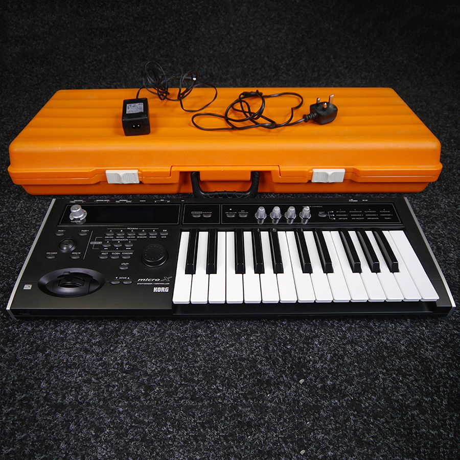 korg micro x synthesizer w case 2nd hand rich tone music. Black Bedroom Furniture Sets. Home Design Ideas