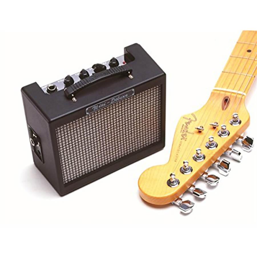 fender mini deluxe md 20 mini amp rich tone music. Black Bedroom Furniture Sets. Home Design Ideas