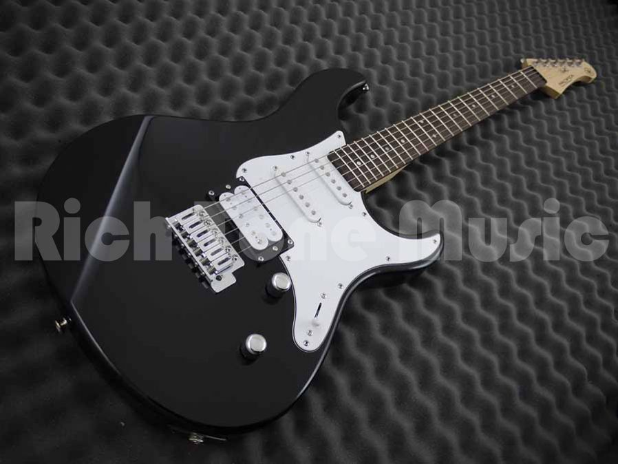 yamaha pacifica 112v electric guitar black rich tone music. Black Bedroom Furniture Sets. Home Design Ideas
