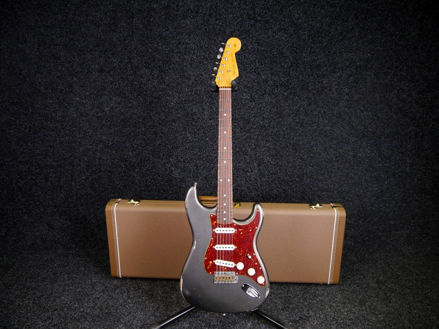 Fender Custom Shop 60s Stratocaster Relic Pewter W Case