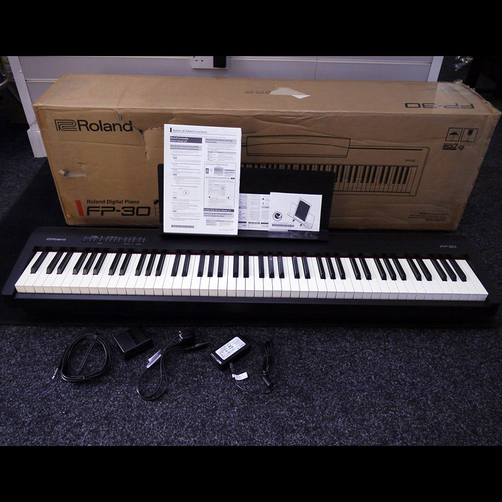 roland fp 30 bk digital piano w box ex demo rich tone. Black Bedroom Furniture Sets. Home Design Ideas