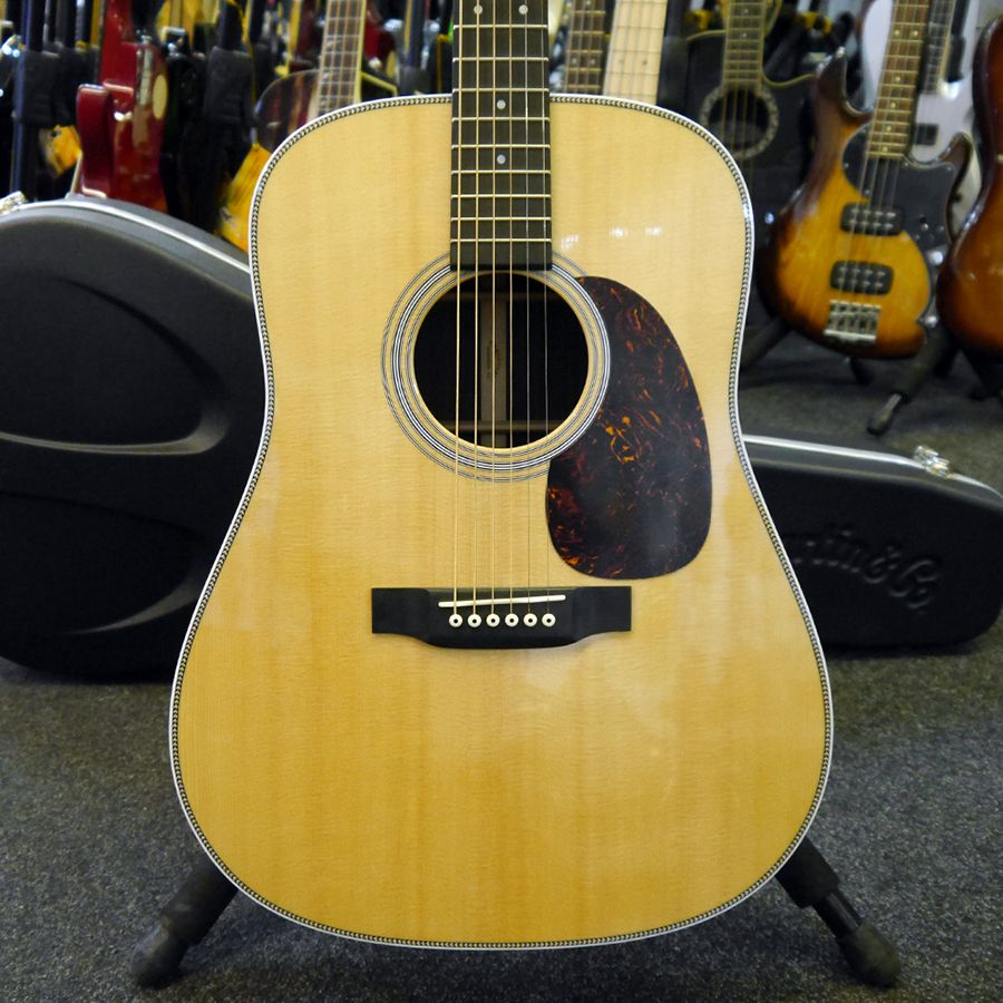 martin hd 28 acoustic guitar collection only ex demo rich tone music. Black Bedroom Furniture Sets. Home Design Ideas