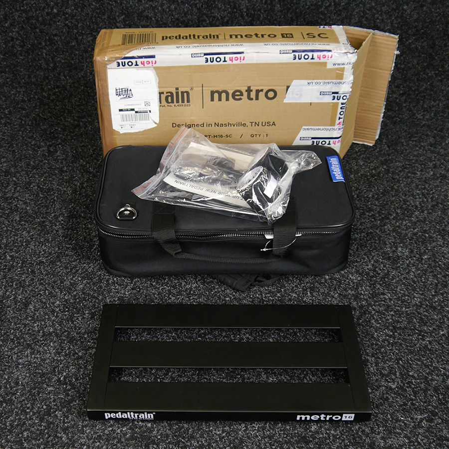 pedaltrain metro 16 w soft case box ex demo rich tone music. Black Bedroom Furniture Sets. Home Design Ideas