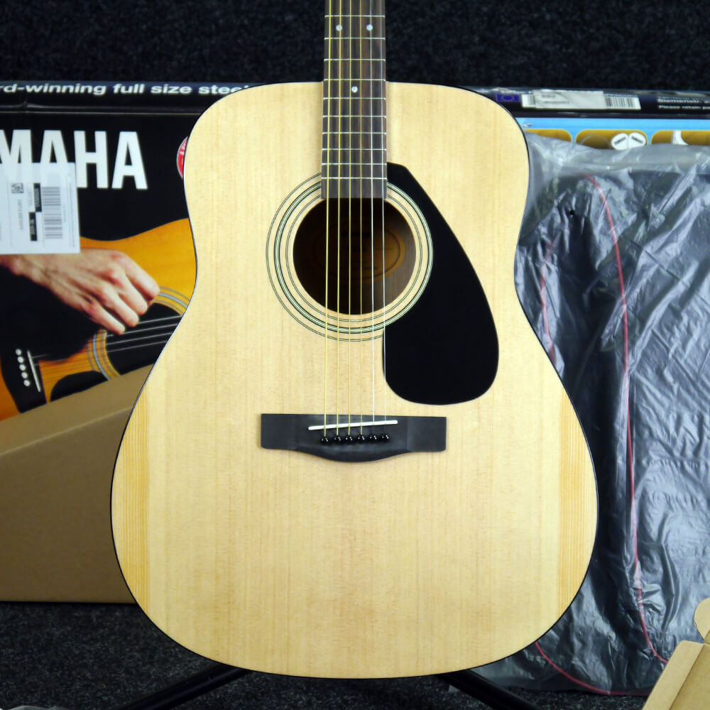 yamaha f310 acoustic guitar deluxe pack w box ex demo rich tone music. Black Bedroom Furniture Sets. Home Design Ideas