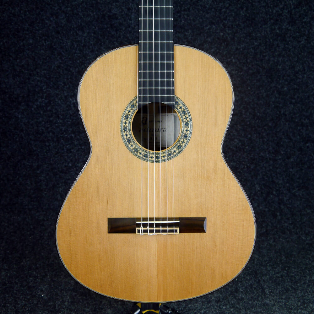 second hand admira acoustic guitars rich tone music. Black Bedroom Furniture Sets. Home Design Ideas