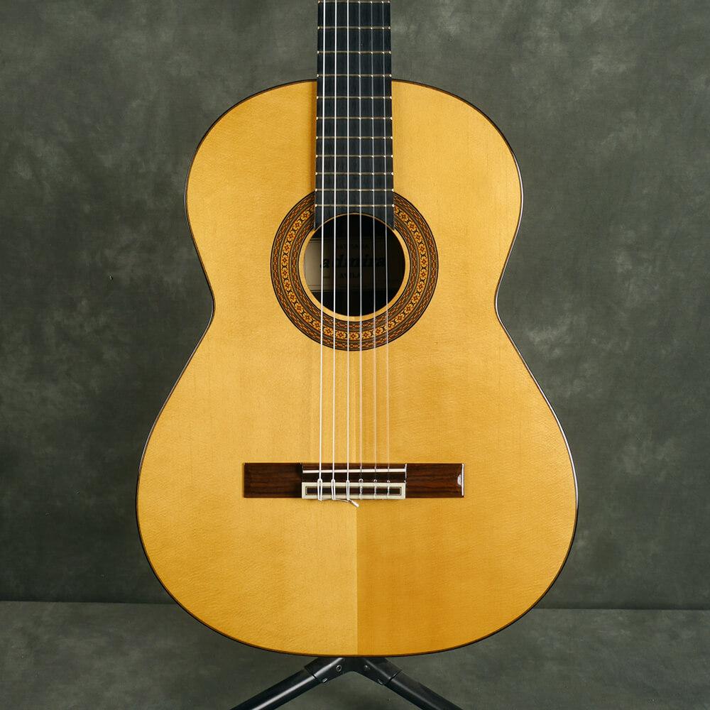Admira Avila Classical Guitar - Natural - 2nd Hand