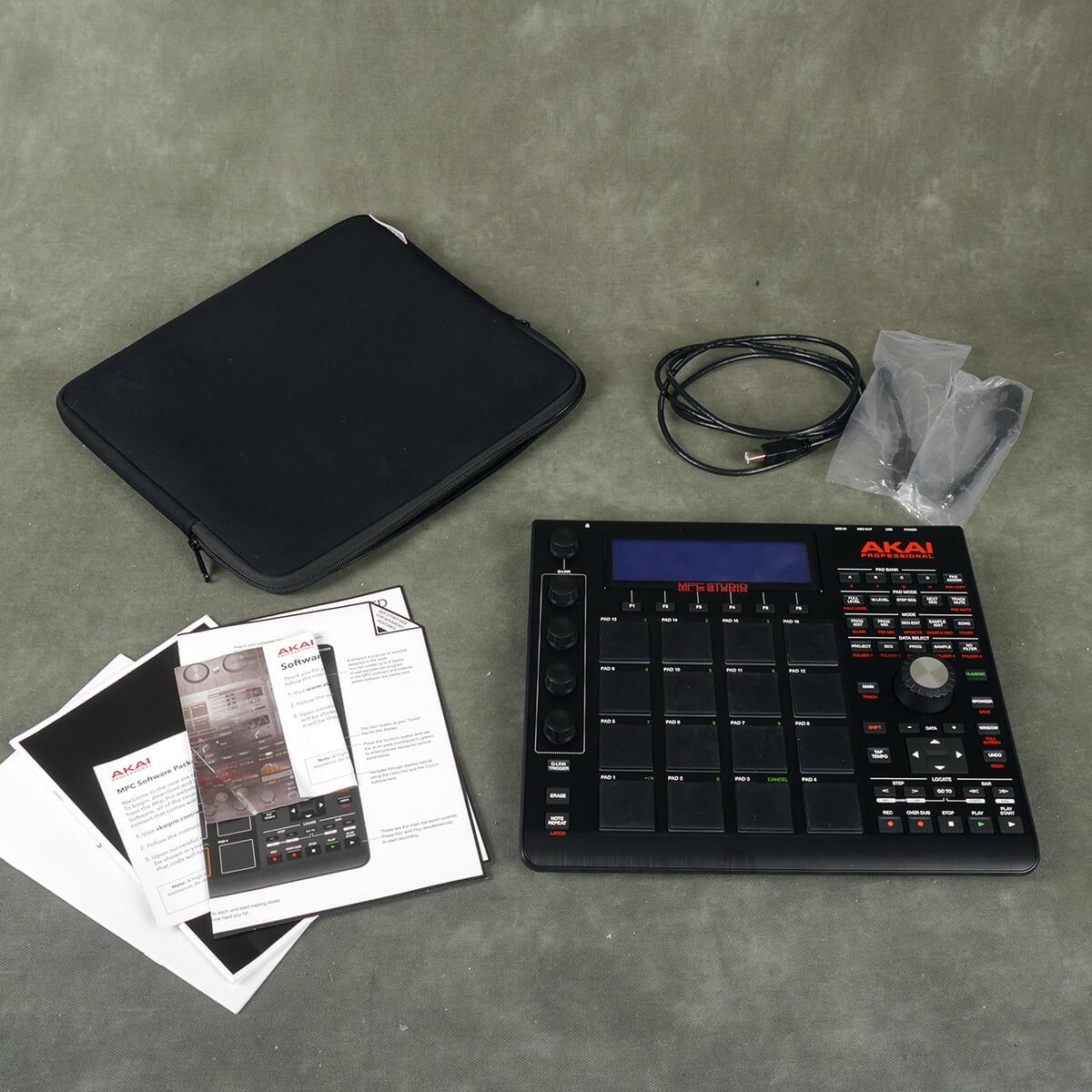 Akai MPC Studio Production Controller w/Soft Case - 2nd Hand