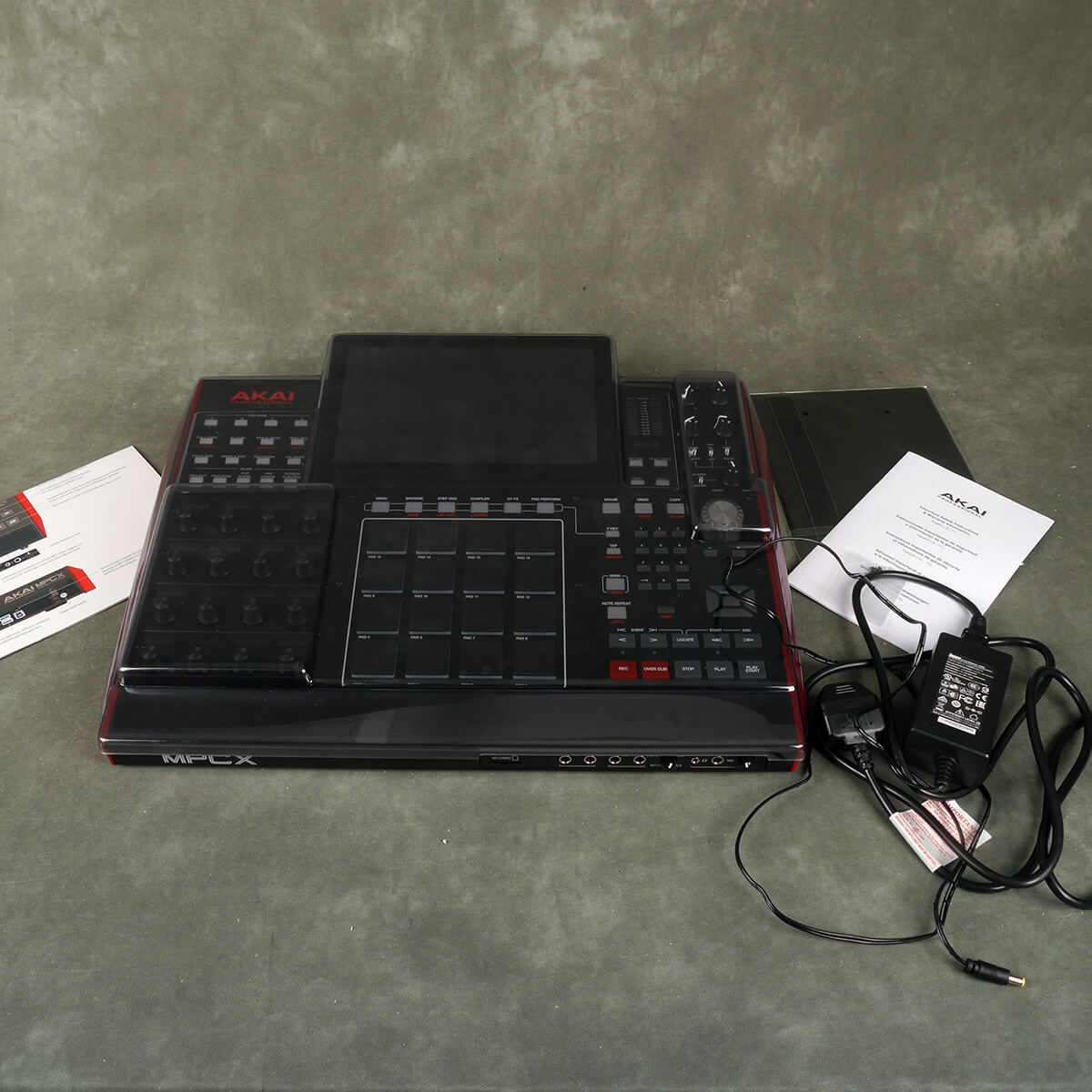 Akai MPC X Standalone Production Machine w/Cover - 2nd Hand