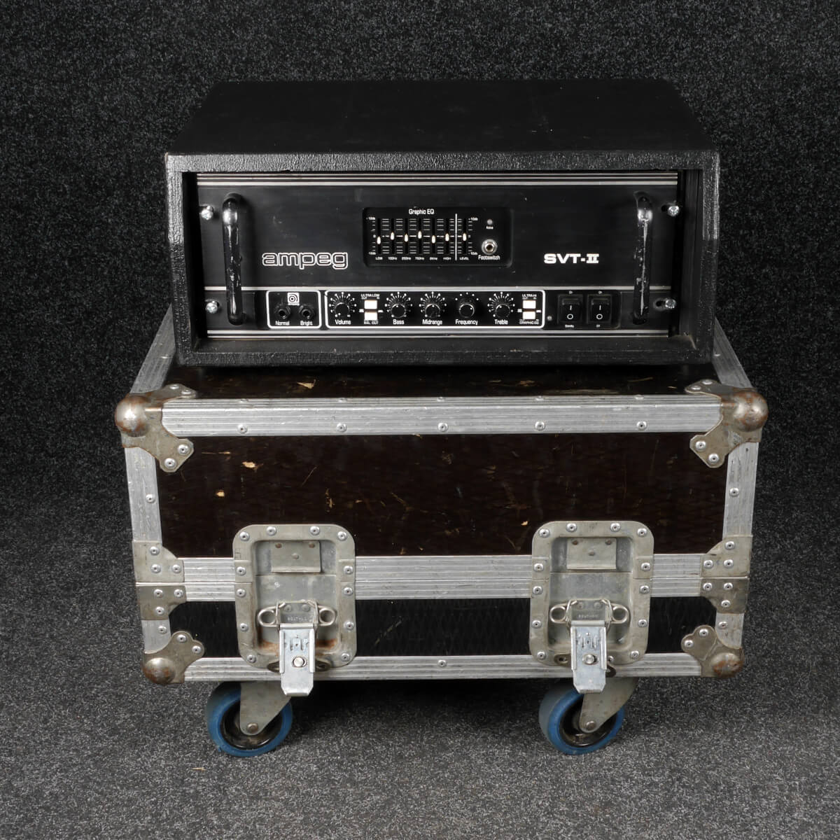 Ampeg SVT II Head (A62) w/Flight Case - 2nd Hand **COLLECTION ONLY**