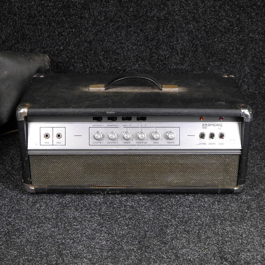 Ampeg V-2 Vintage bass amplifier inc. Cover **COLLECTION ONLY** - 2nd Hand