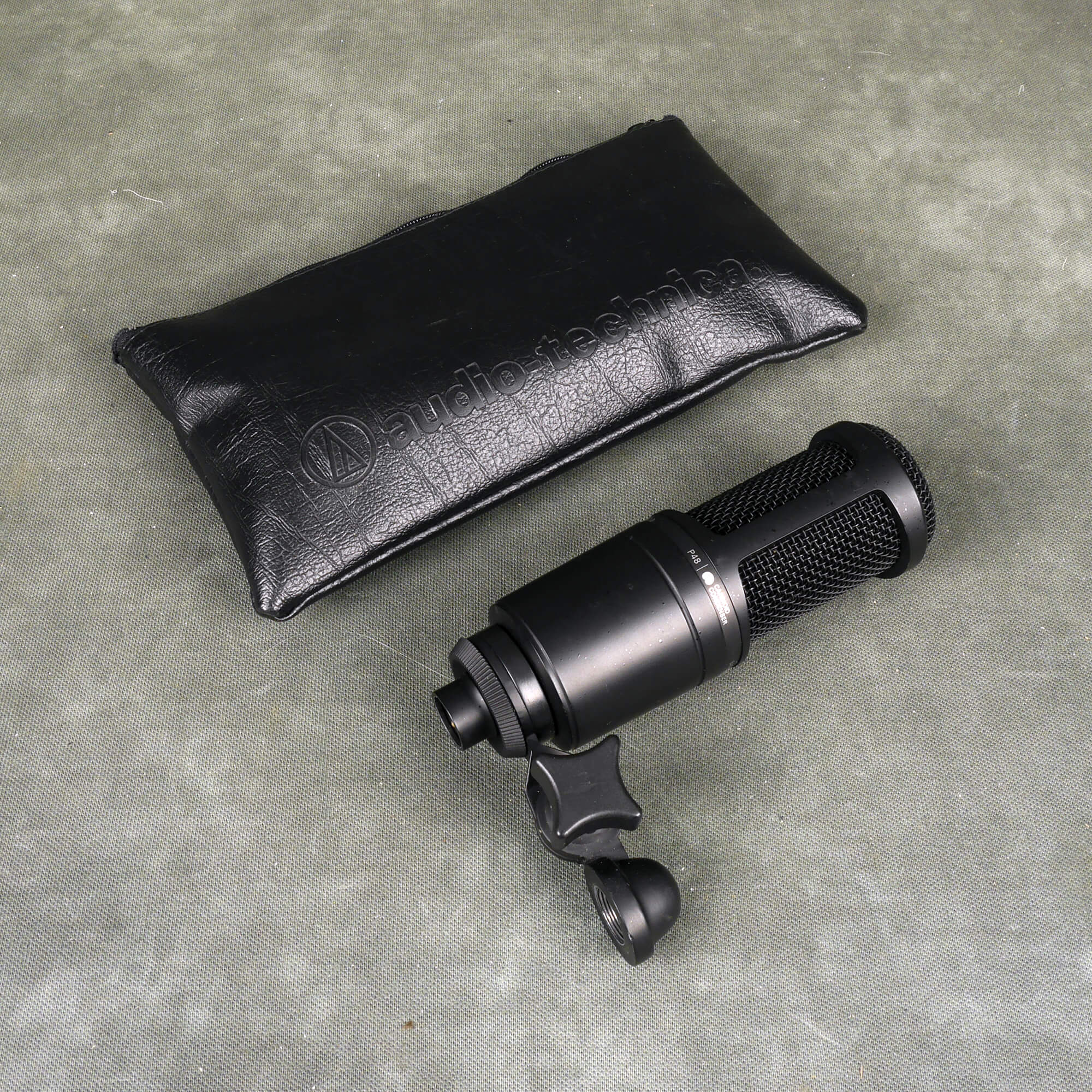 Audio Technica AT2020 Condenser Mic w/Bag - 2nd Hand