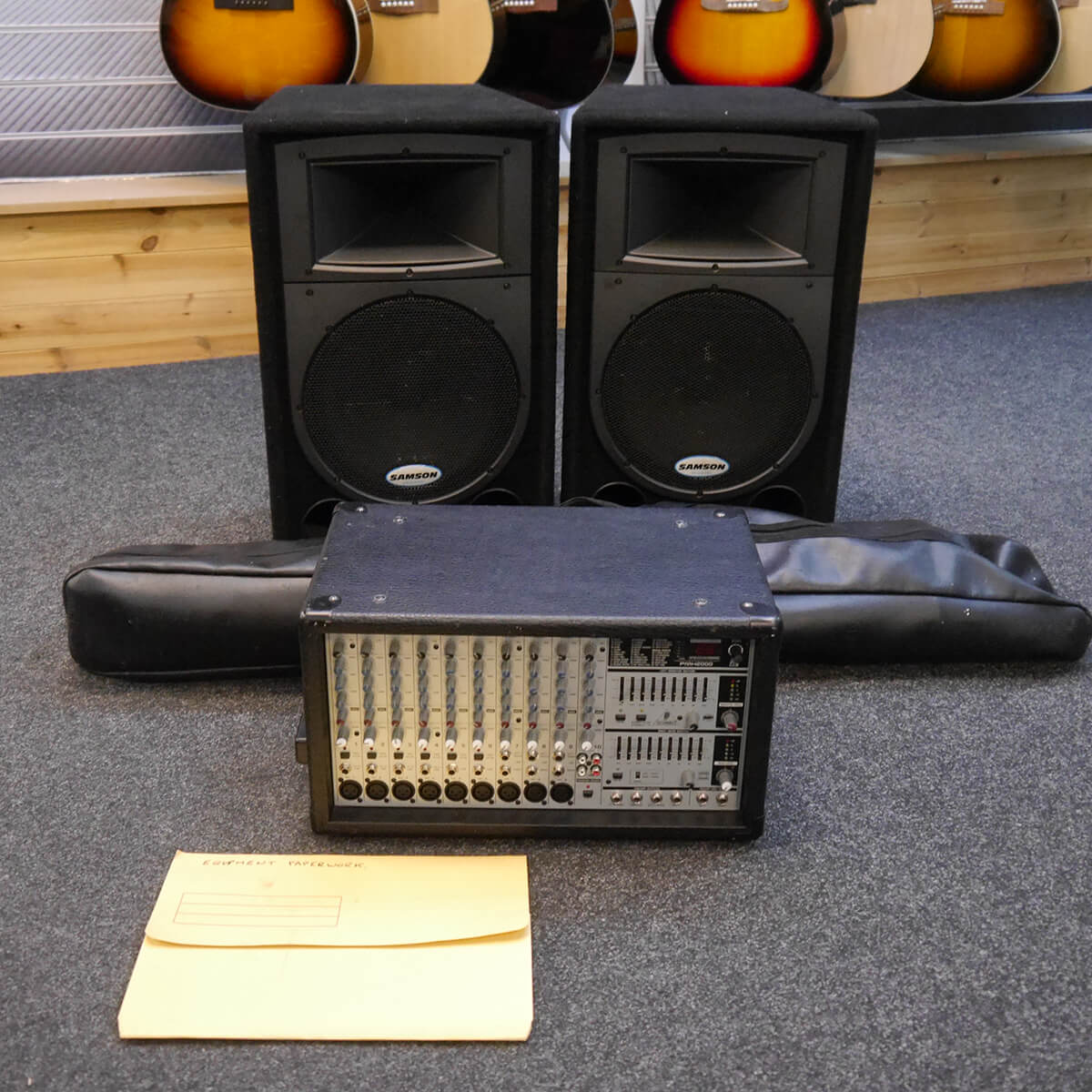Behringer PMH2000 w/2 x Samson Speakers & Stands - 2nd Hand **COLLECTION ONLY**