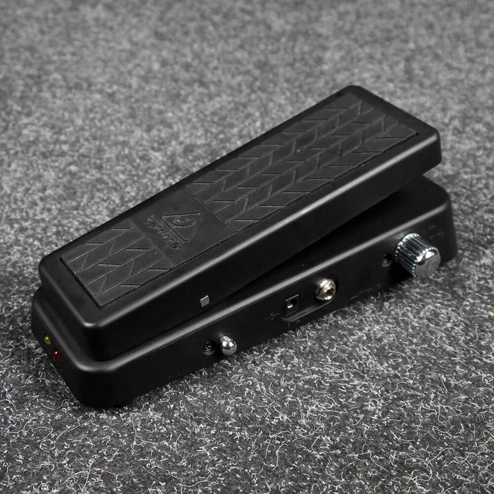 Behringer HB01 Hellbabe Wah FX Pedal - 2nd Hand
