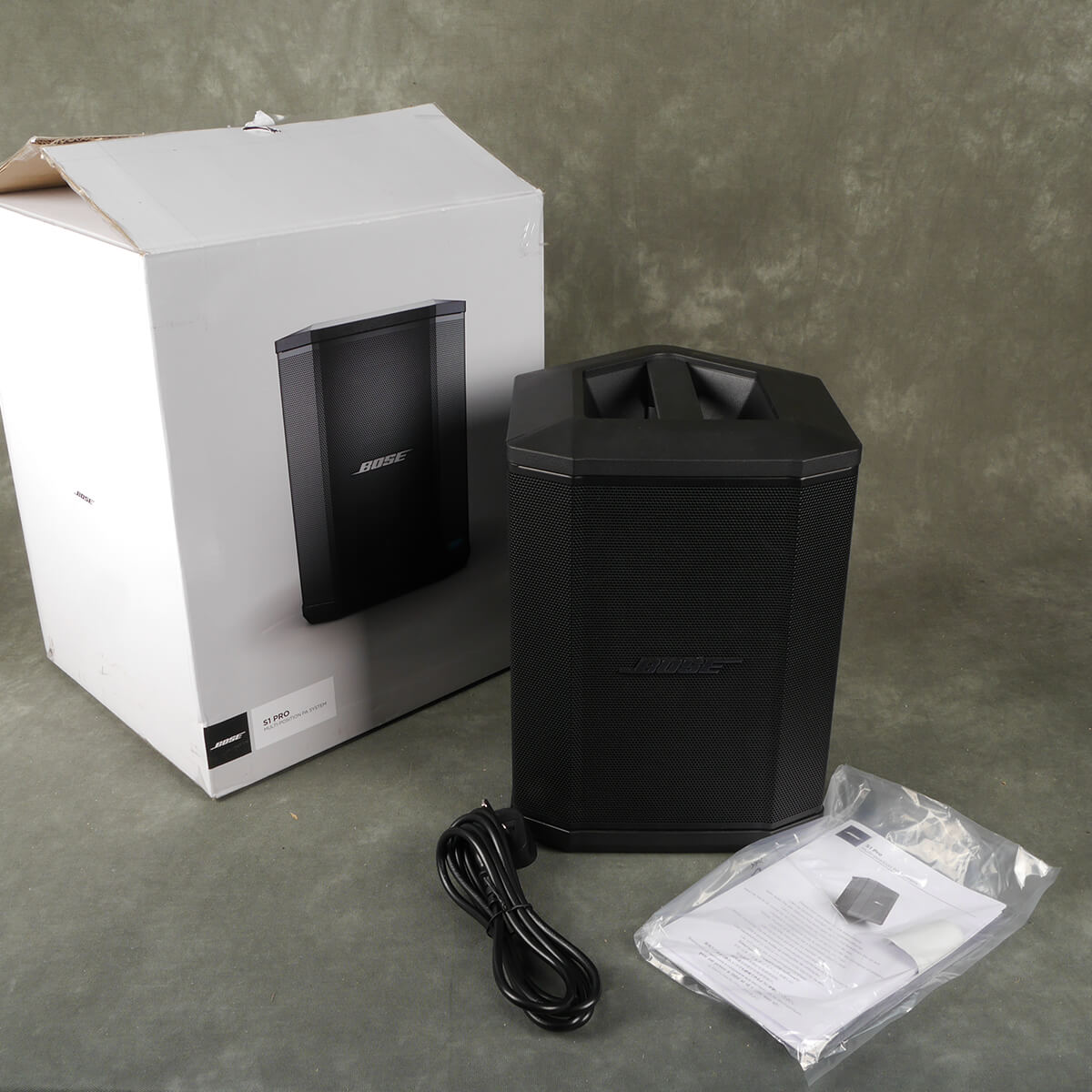 Bose S1 Pro Powered PA Speaker with Battery w/Box - 2nd Hand