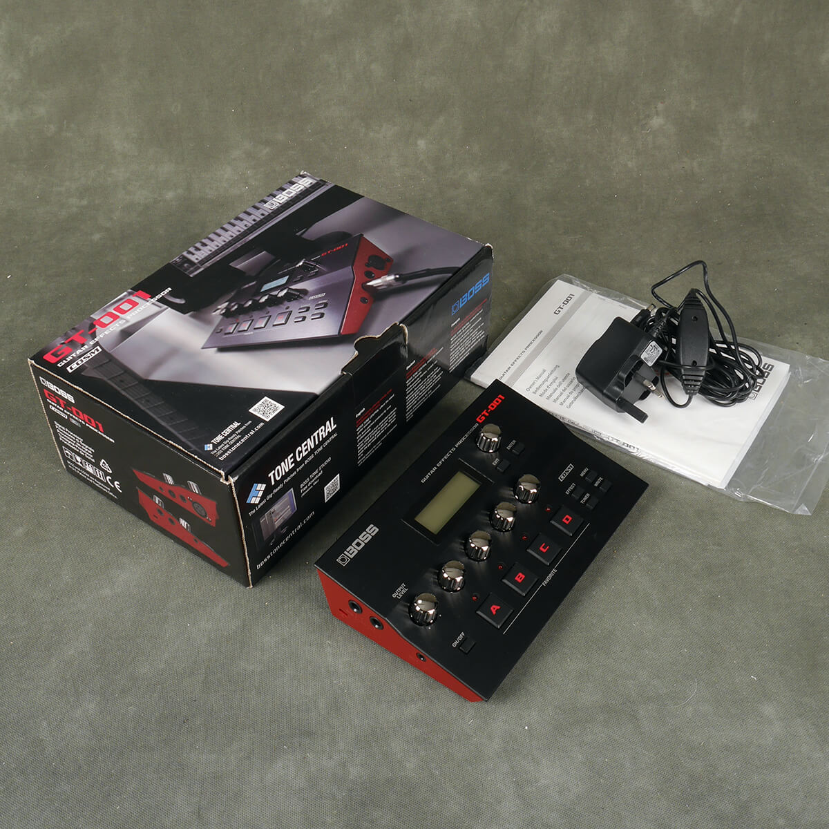 Boss GT-001 Guitar Multi FX Pedal w/Box & PSU - 2nd Hand