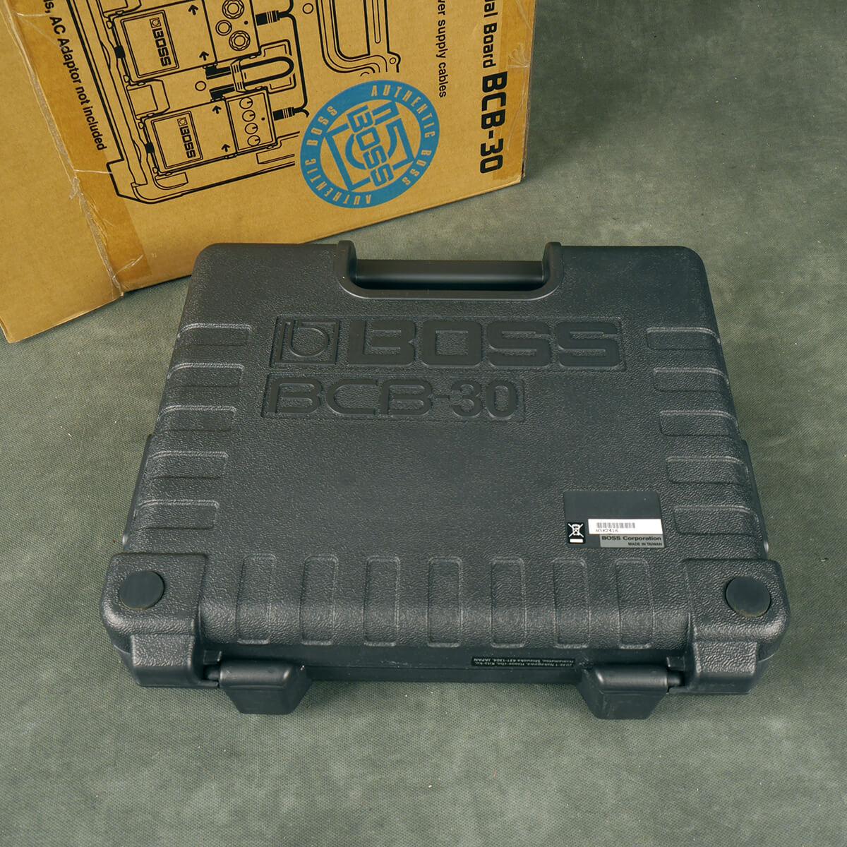 Boss BCB-30 Pedalboard w/Box - 2nd Hand