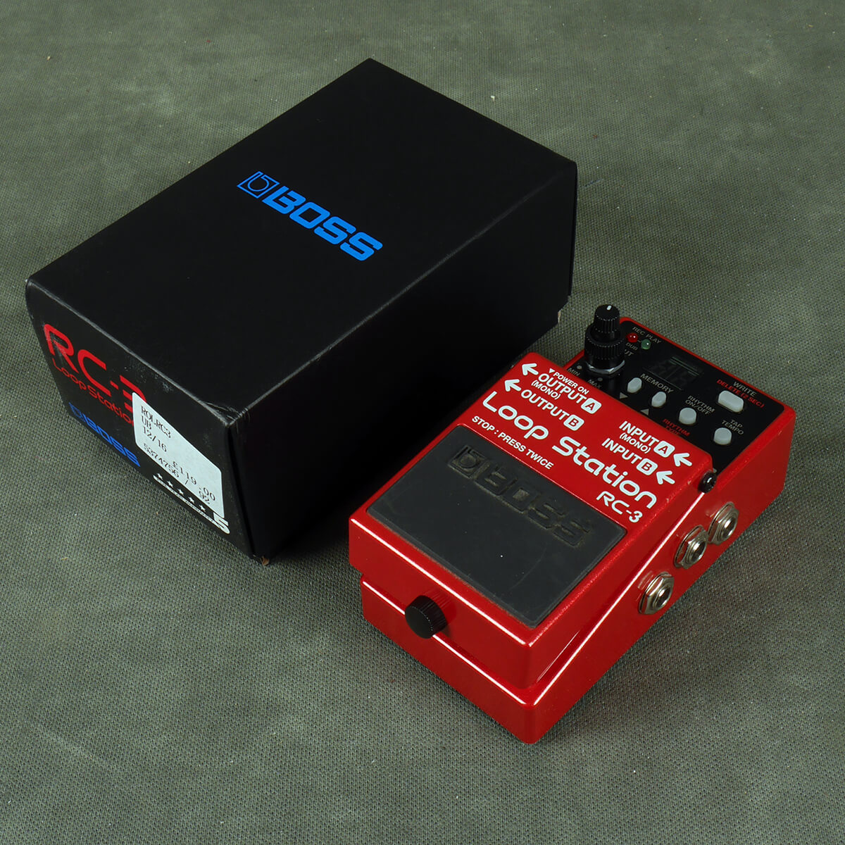Boss RC-3 Loop Station FX Pedal w/Box - 2nd Hand
