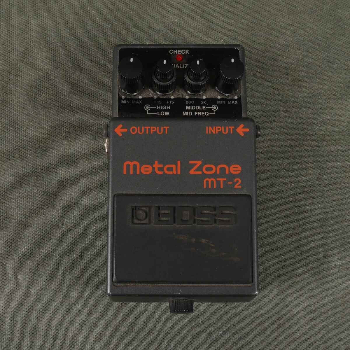 Boss MT-2 Metal Zone Distortion FX Pedal - 2nd Hand
