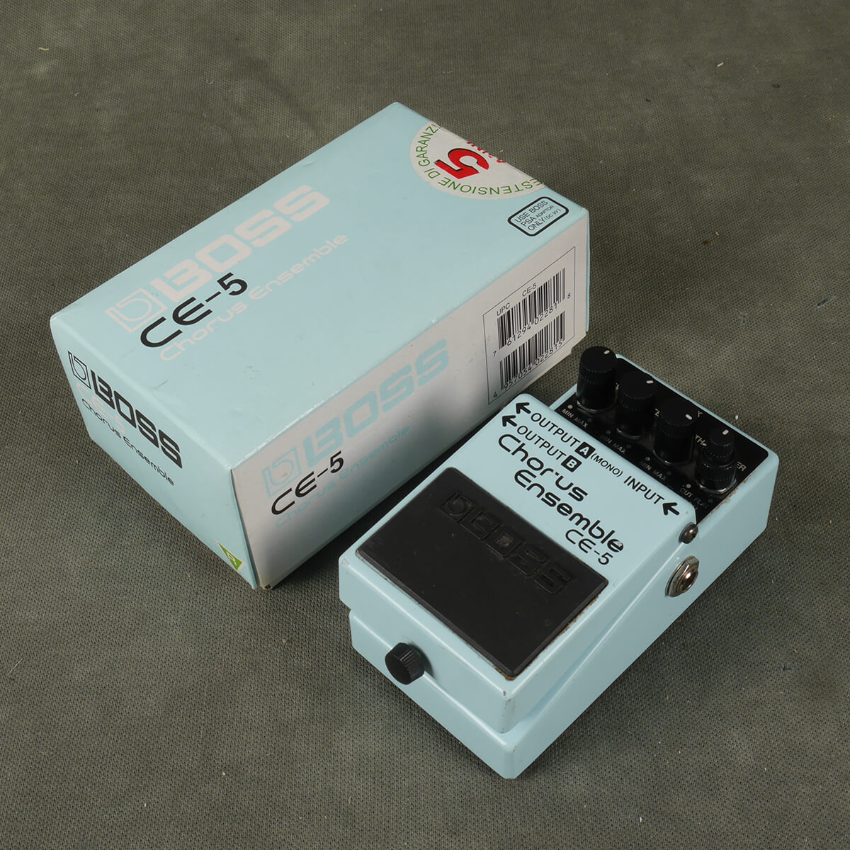 Boss CE-5 Chorus Ensemble FX Pedal w/Box - 2nd Hand
