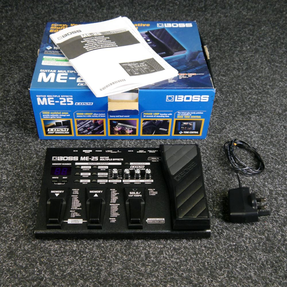 boss me 25 guitar multiple effects pedal w box 2nd hand rich tone music. Black Bedroom Furniture Sets. Home Design Ideas