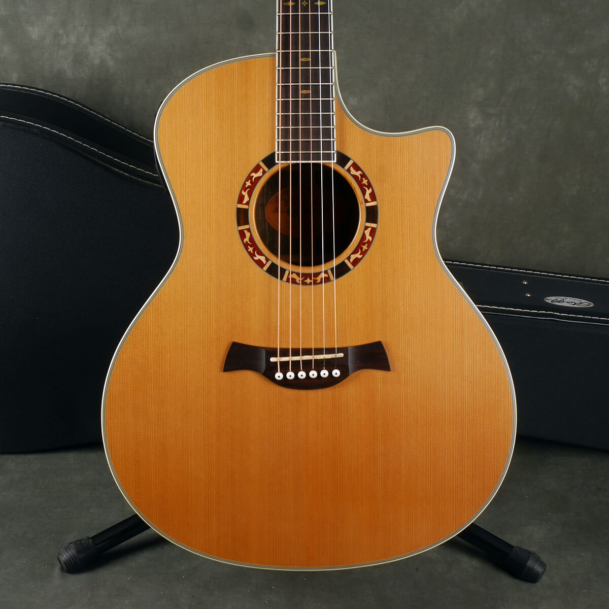 Crafter GAE15 Electro-Acoustic Guitar - Natural w/Hard Case - 2nd Hand