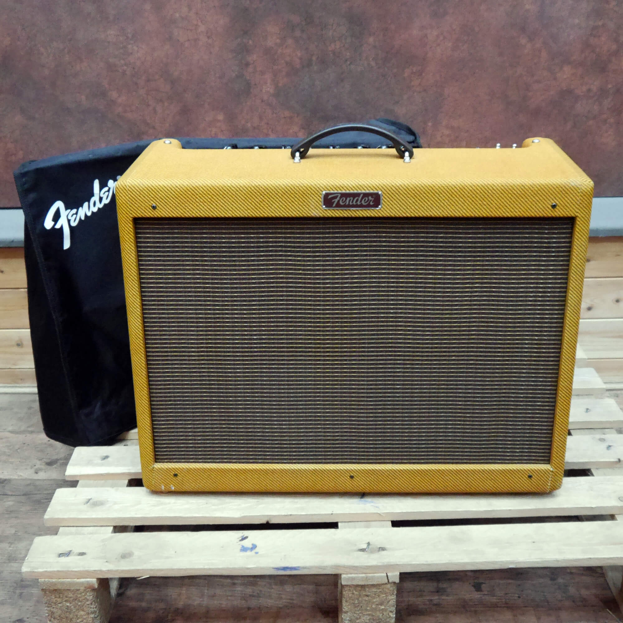 Fender Hotrod Deluxe Tweed Ltd Ed w/Cover - 2nd Hand **UK SHIPPING ONLY**