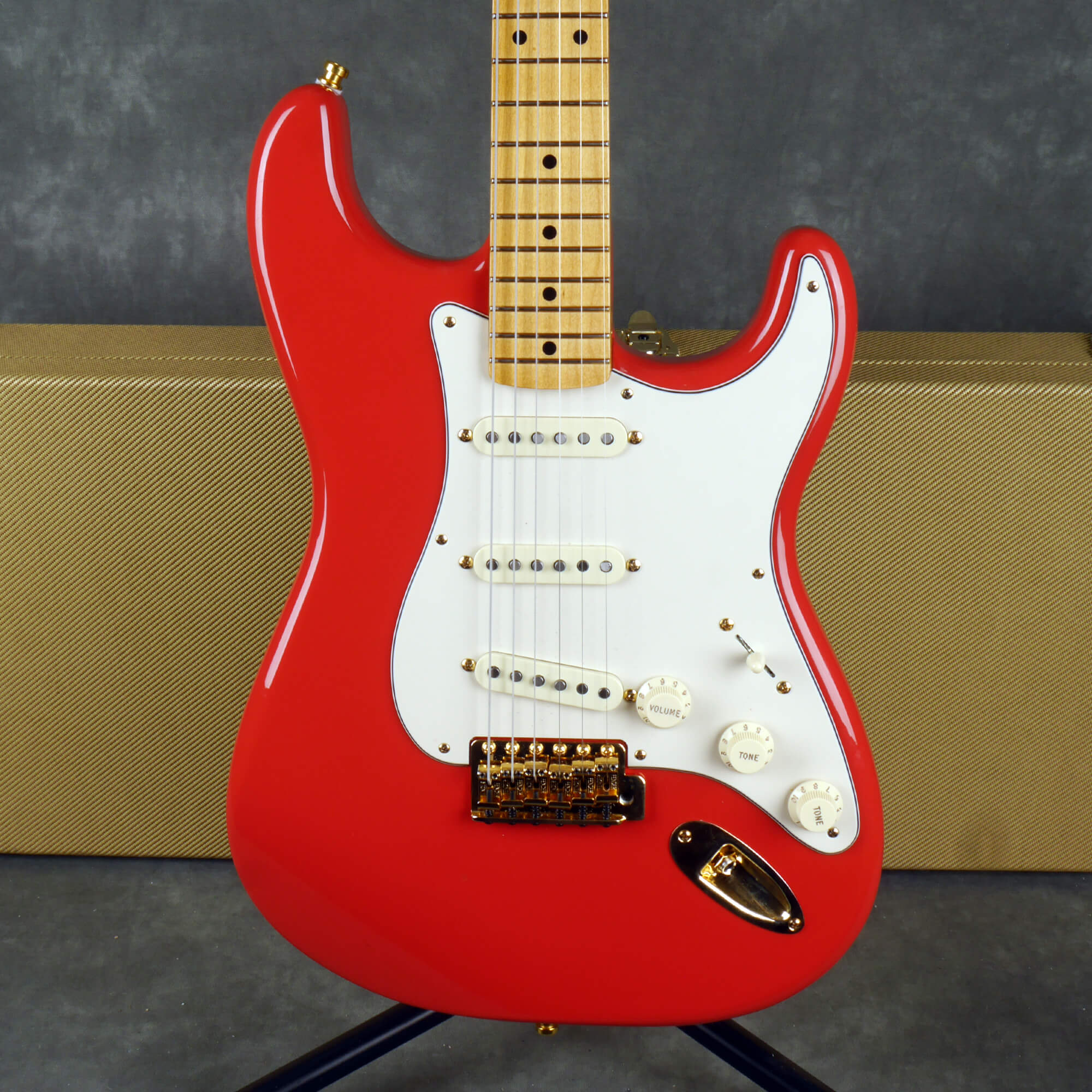 Fender Ltd Ed FSR Tribute Stratocaster - Fiesta Red w/Hard Case - 2nd Hand
