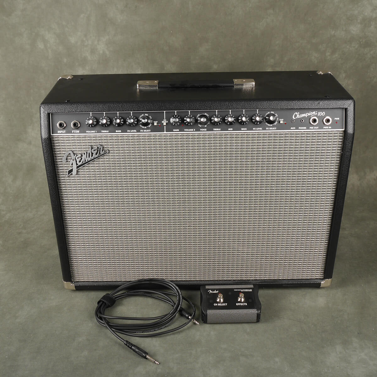 Fender Champion 100 Amplifier & Footswitch - 2nd Hand