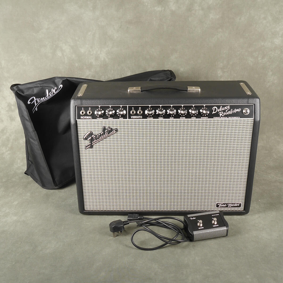 Fender Tonemaster Deluxe Reverb & Footswitch w/Cover - 2nd Hand