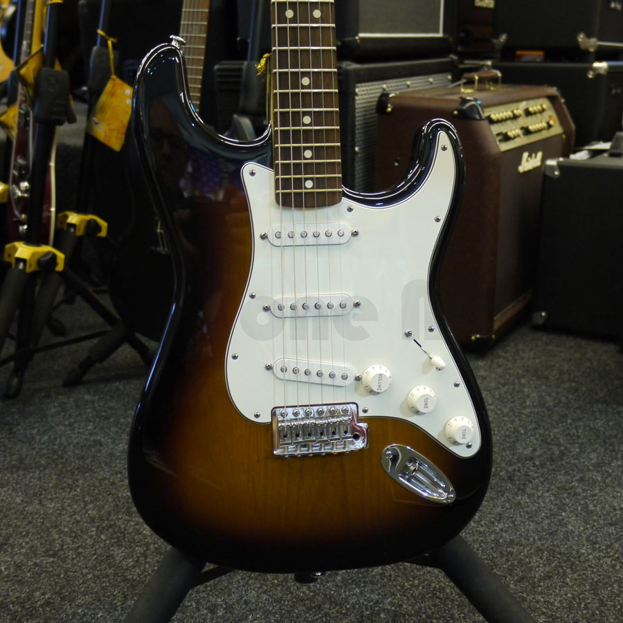 fender standard strat sunburst electric guitar 2nd hand rich tone music. Black Bedroom Furniture Sets. Home Design Ideas