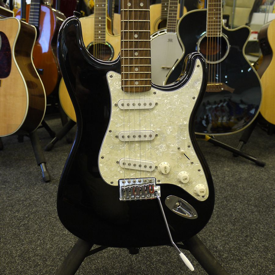 fender starcaster electric guitar 2nd hand rich tone music. Black Bedroom Furniture Sets. Home Design Ideas