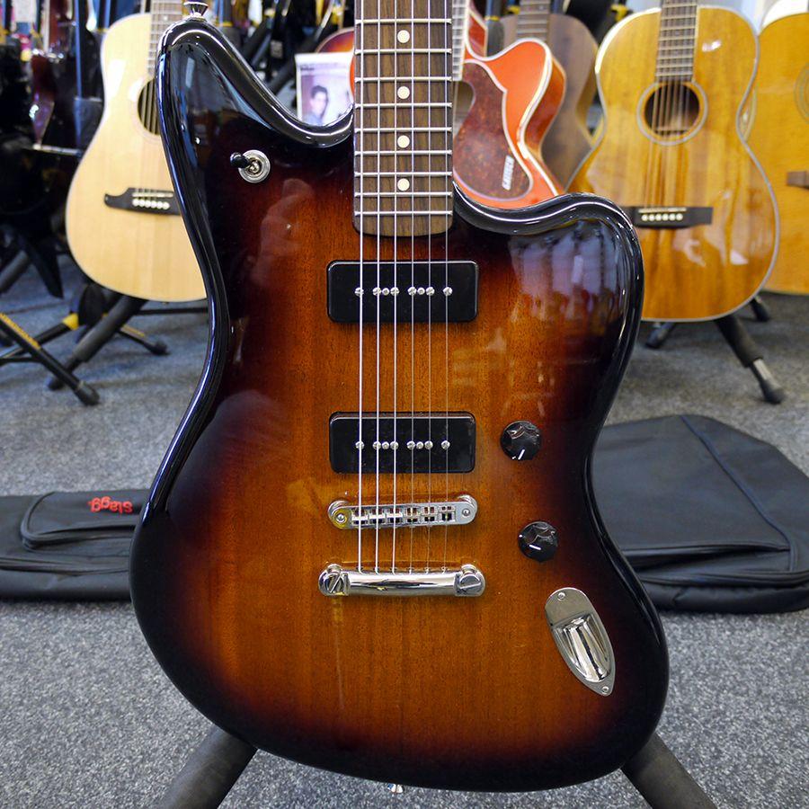 Fender Modern Player Jaguar - 2-Colour Chocolate Burst w/ Gig Bag - 2nd Hand