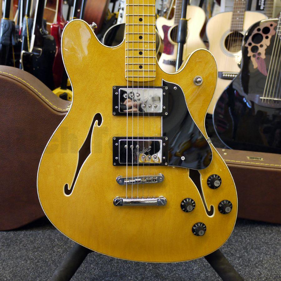 Fender Starcaster - Natural w/ Hard Case - 2nd Hand