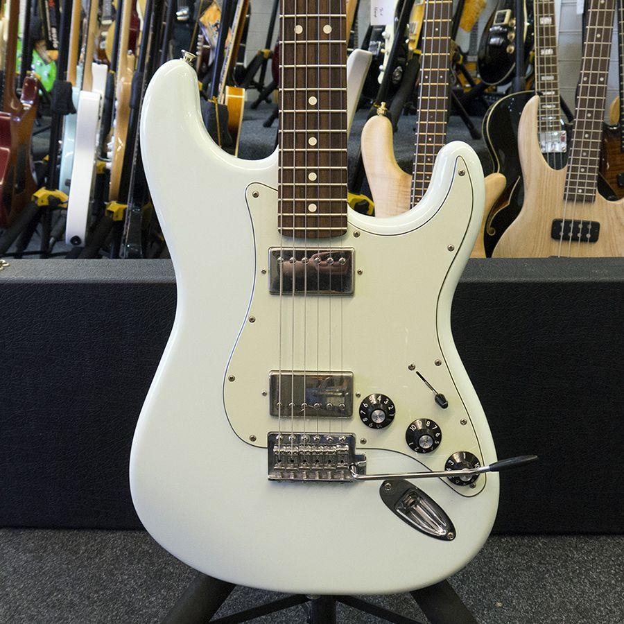 Fender Blacktop Stratocaster Hh   Hard Case