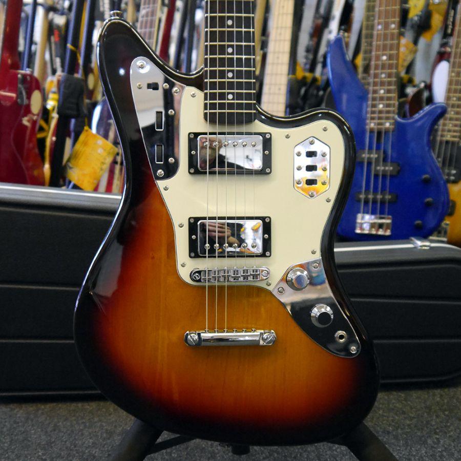 Fender FSR Jaguar Special - 3-Tone Sunburst w/ Hiscox Case - 2nd Hand