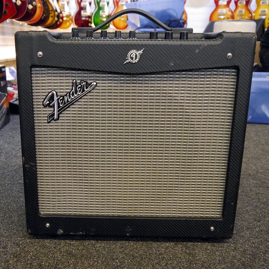 fender mustang ii modelling combo amp 2nd hand rich tone music. Black Bedroom Furniture Sets. Home Design Ideas