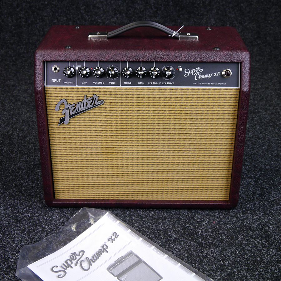 second hand fender amplifiers rich tone music. Black Bedroom Furniture Sets. Home Design Ideas