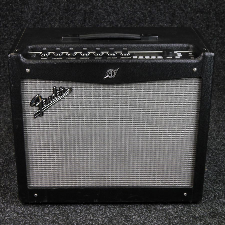 fender mustang iii v2 modelling amplifier w cover 2nd hand rich tone music. Black Bedroom Furniture Sets. Home Design Ideas