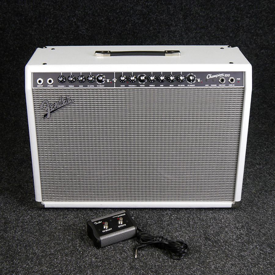 fender champion 100 guitar combo amp white 2nd hand rich tone music. Black Bedroom Furniture Sets. Home Design Ideas