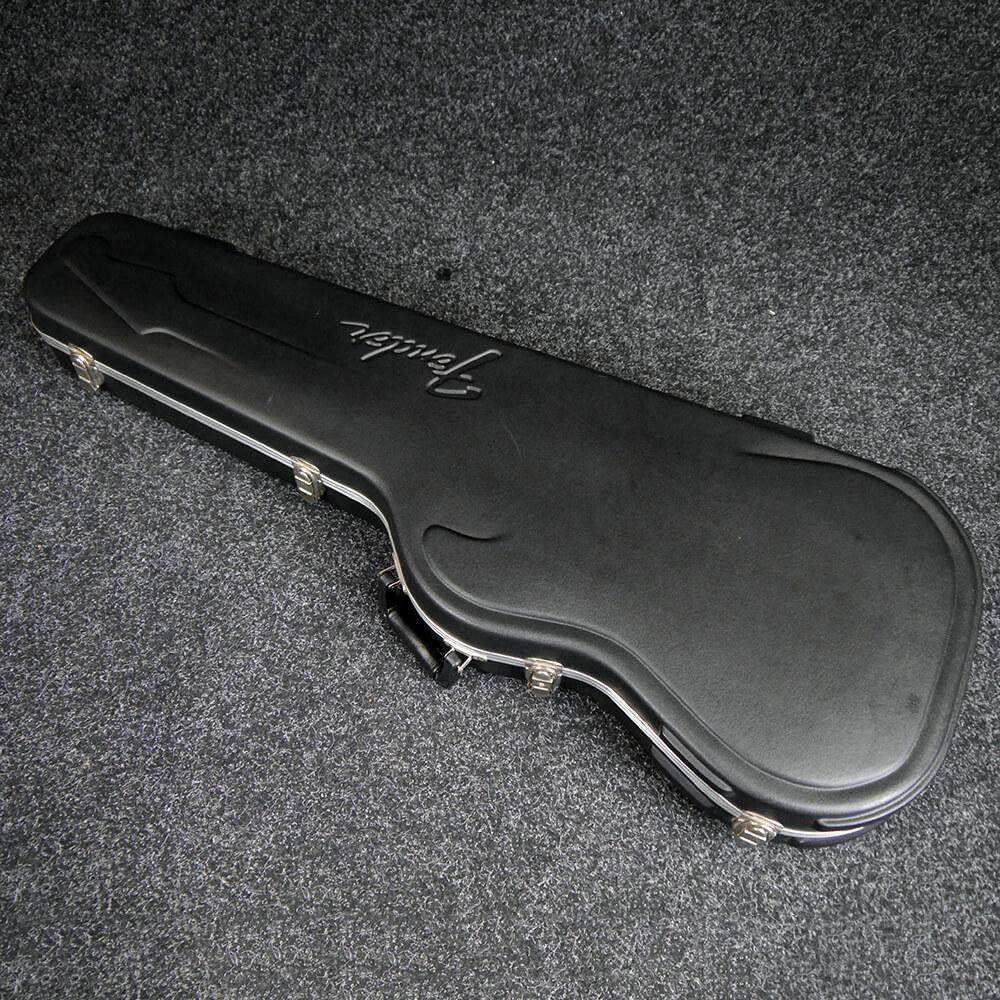 fender moulded hard case for strat or tele 2nd hand rich tone music. Black Bedroom Furniture Sets. Home Design Ideas
