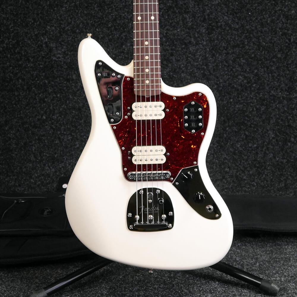 Fender Classic Player Jaguar - White w/Gig Bag - 2nd Hand