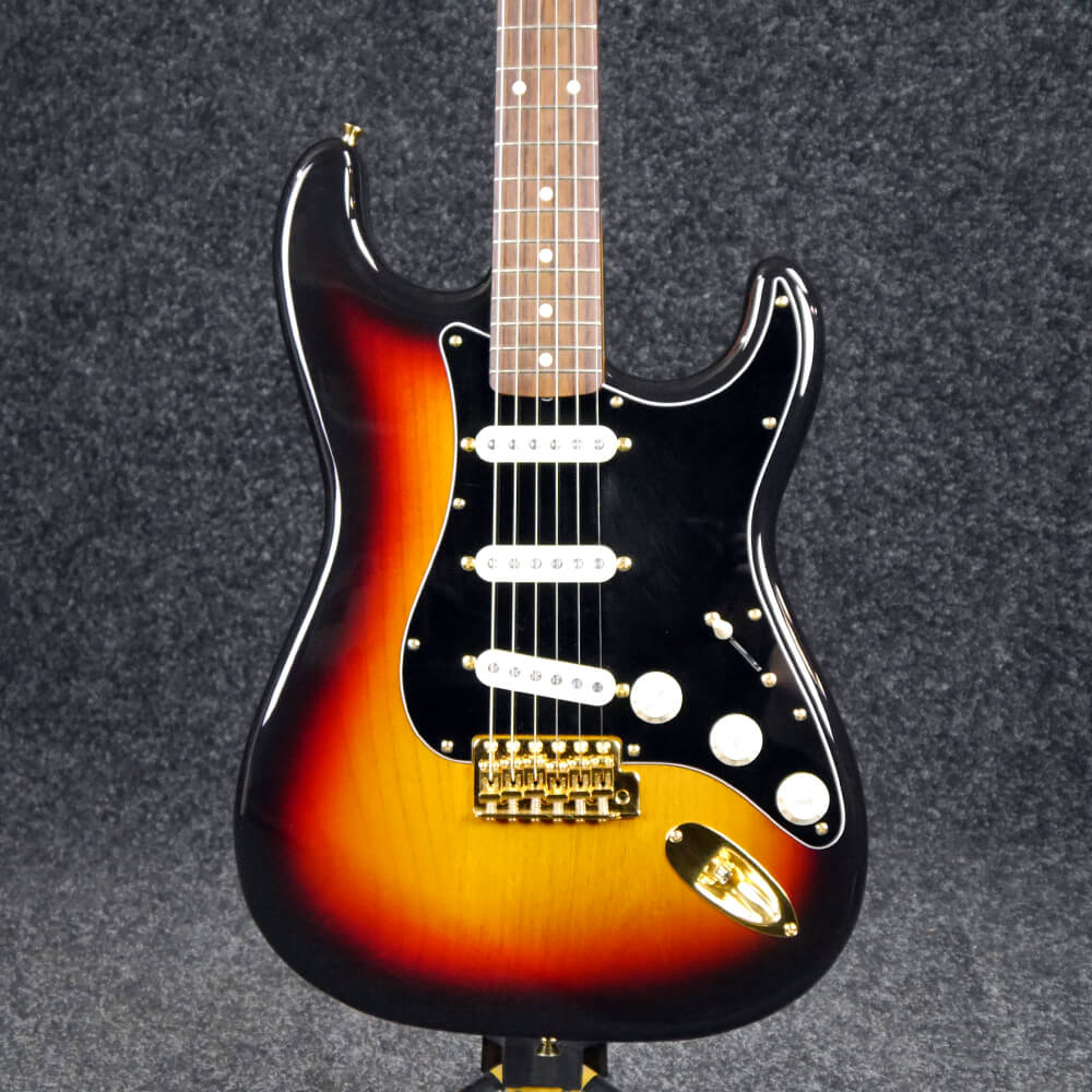 fender mij stratocaster electric guitar sunburst 2nd hand rich tone music. Black Bedroom Furniture Sets. Home Design Ideas