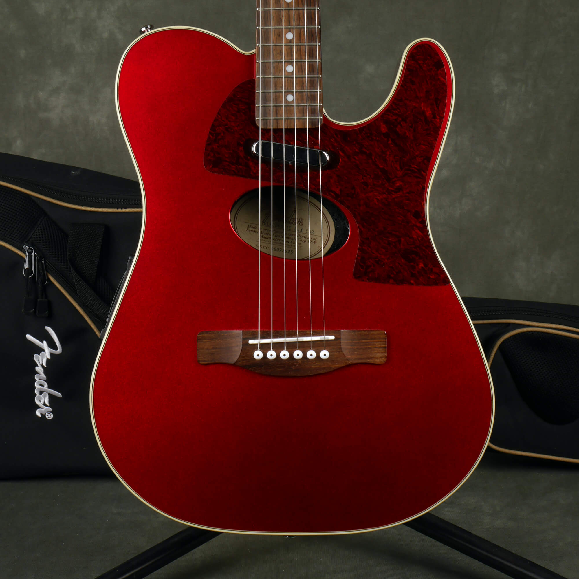Fender Telecoustic DLX - Candy Apple Red w/Gig Bag - 2nd Hand