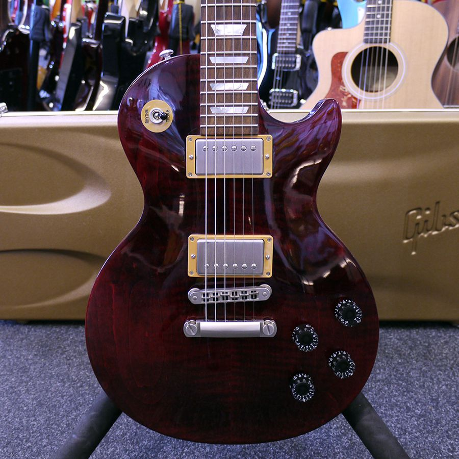 gibson 2015 les paul studio wine red w hard case 2nd hand rich tone music. Black Bedroom Furniture Sets. Home Design Ideas