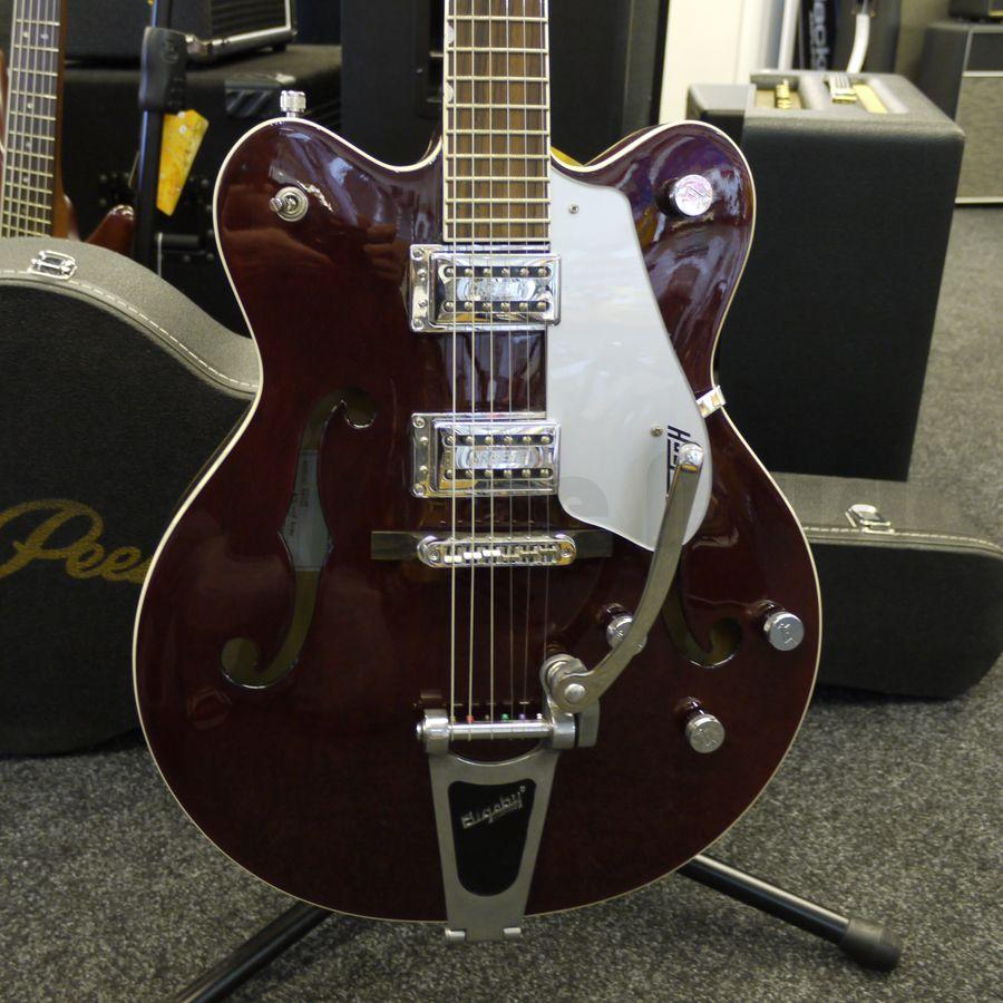 gretsch g5122 walnut electric guitar case 2nd hand rich tone music. Black Bedroom Furniture Sets. Home Design Ideas
