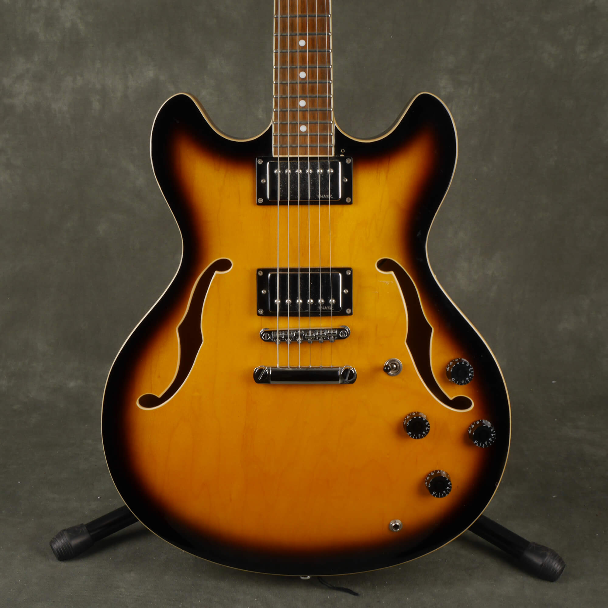 Hamer XT Series Echotone Semi Hollow Guitar - Sunburst - 2nd Hand