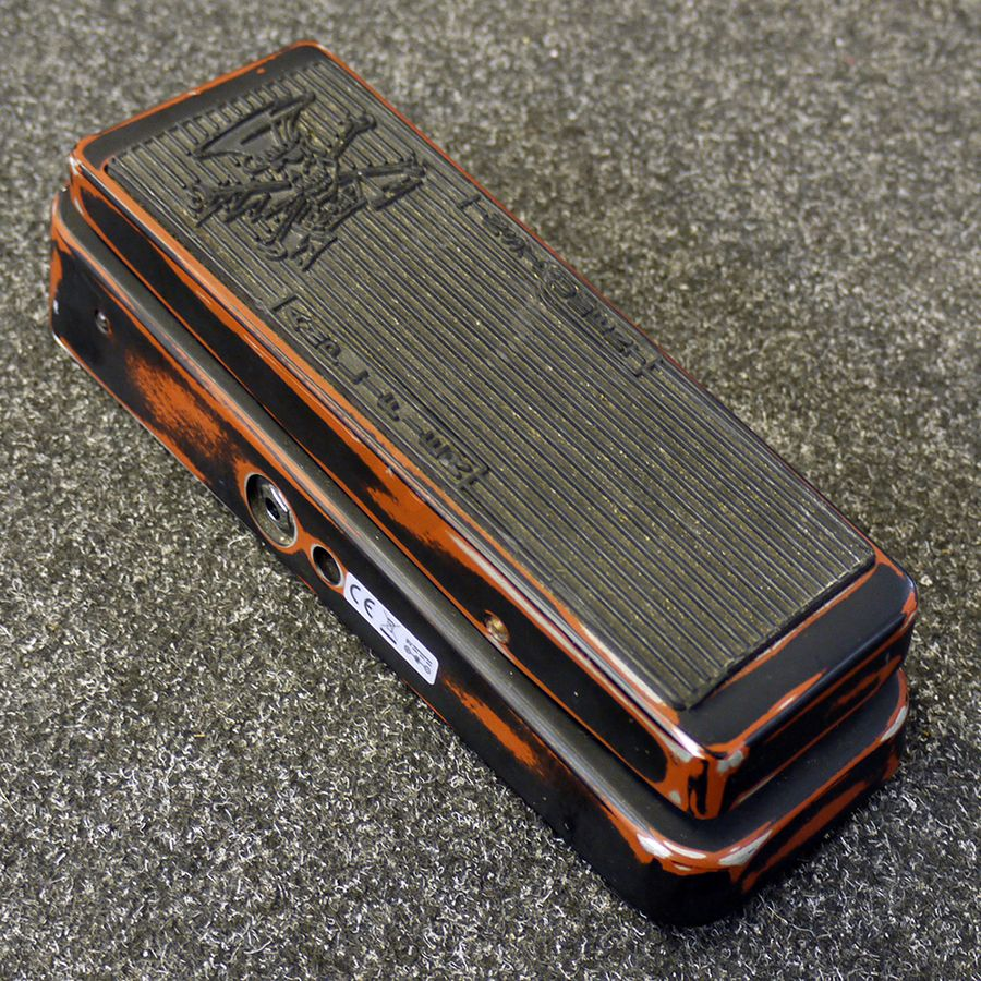 jim dunlop sc95 slash cry baby classic wah pedal 2nd hand rich tone music. Black Bedroom Furniture Sets. Home Design Ideas